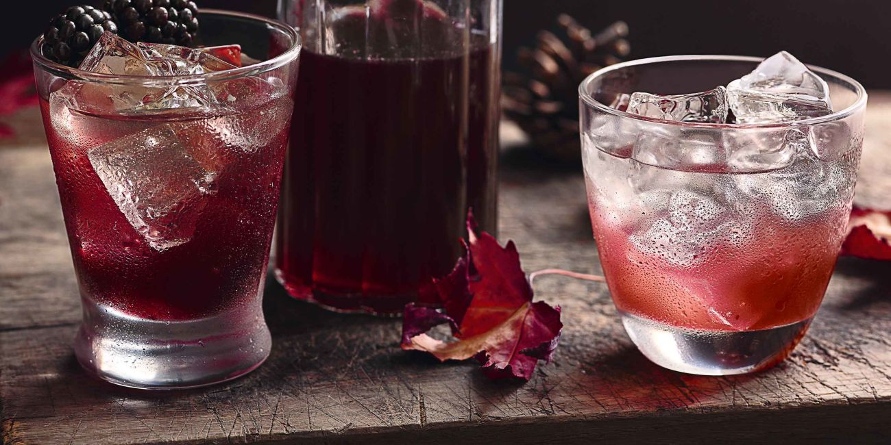 Apple and blackberry cordial