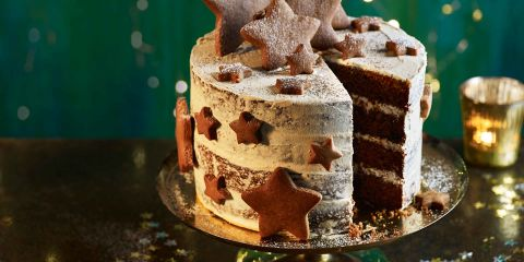 Gingerbread latte Christmas cake