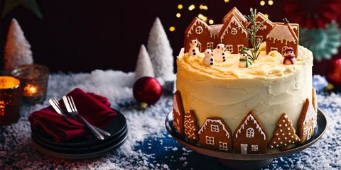 Gingerbread community Christmas cake