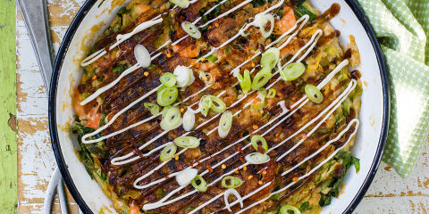 Japanese cabbage and prawn pancake