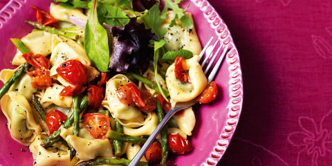Co-op spinach and ricotta tortelloni with fresh vegetables