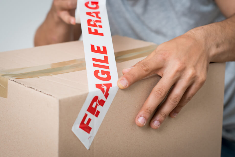 How to pack fragile items?