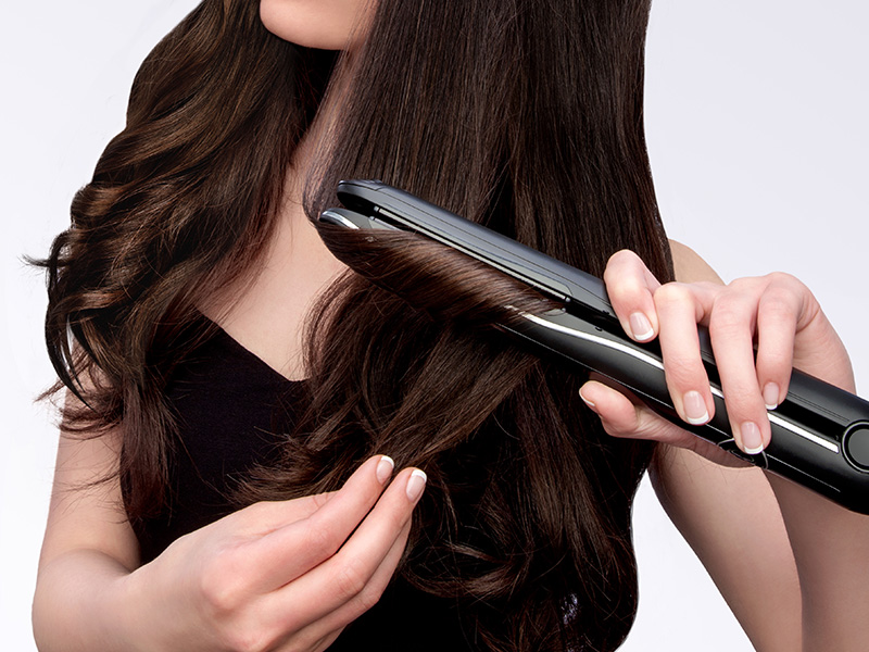Finalize the style by defining the wave with the SensoCare styler.