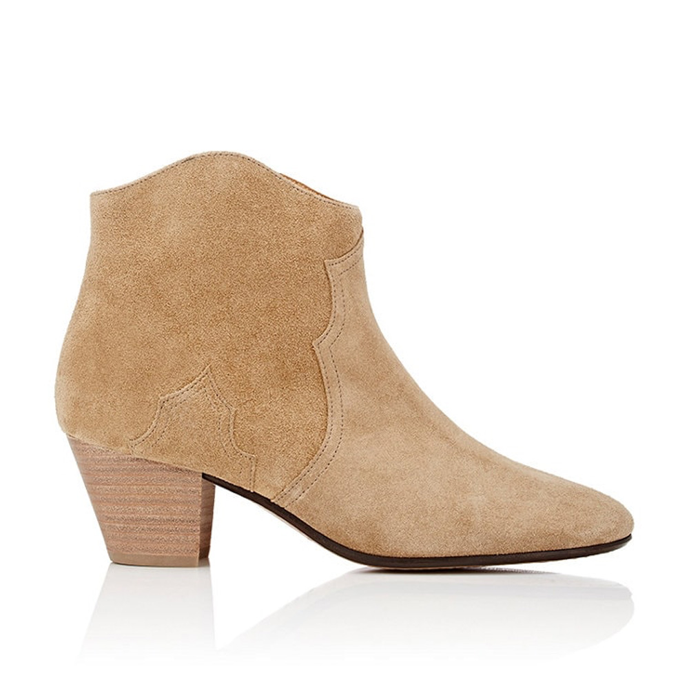 capsule-wardrobe-ankle-boots