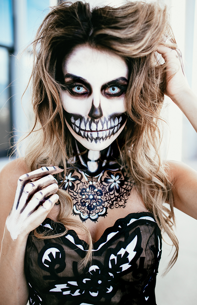 christine-andrew-hello-fashion-skeleton-makeup (1)