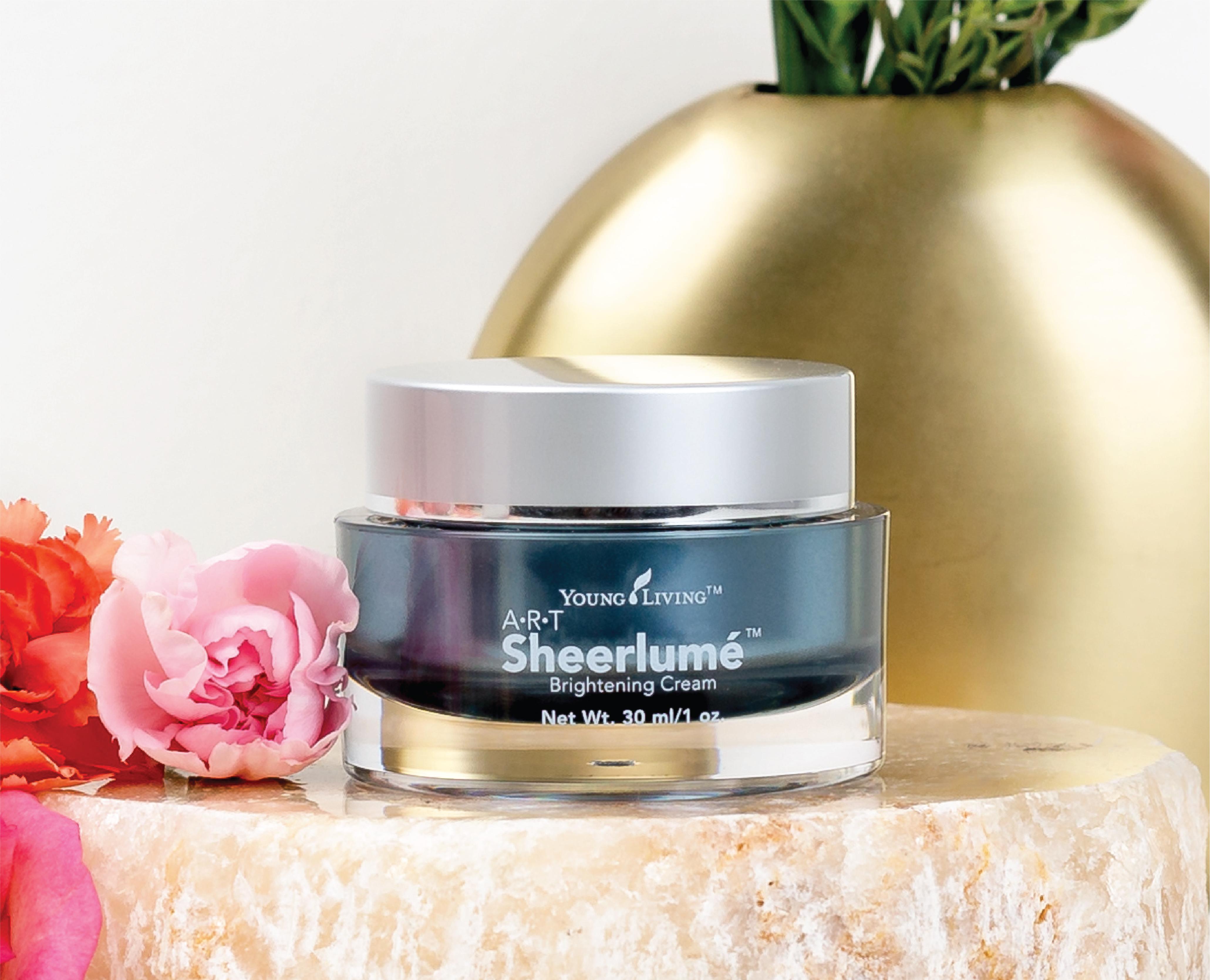 ART® Sheerlumé™ Brightening Cream