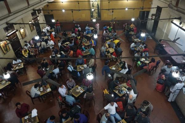where-to-eat-in-kolkata-1024x683