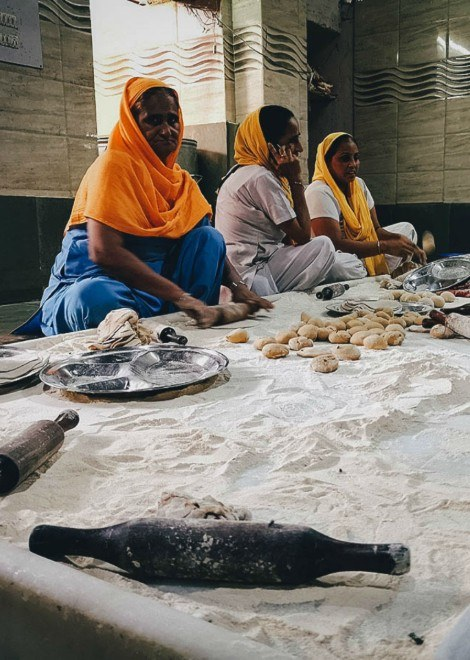 Inside the 24-hour Sikh template kitchen in Delhi