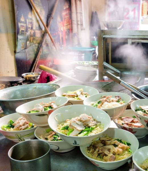 Where to find the best street food in Bangkok header image
