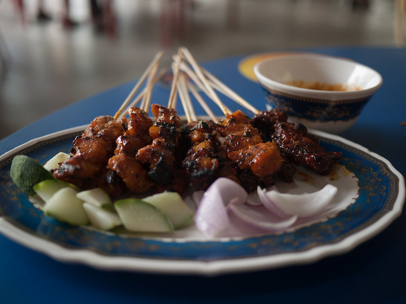 satay - best hawker food in Singapore