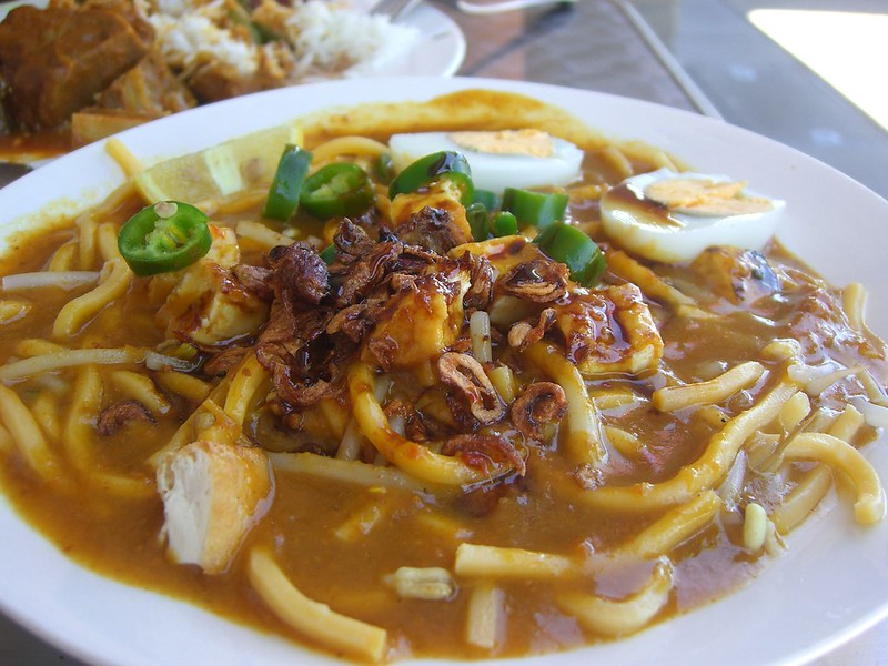 Mee rebus - best hawker food in Singapore