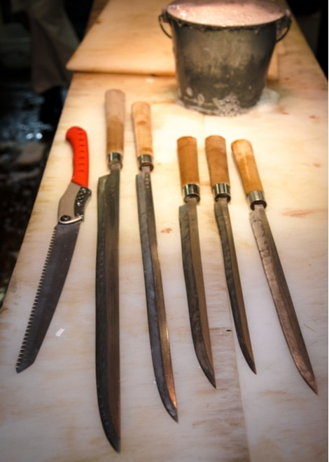 Learn about the specialist knives used to prepare the seafood