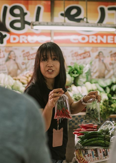 Discover the ingredients used in Northern Thai cuisine at a local wet market