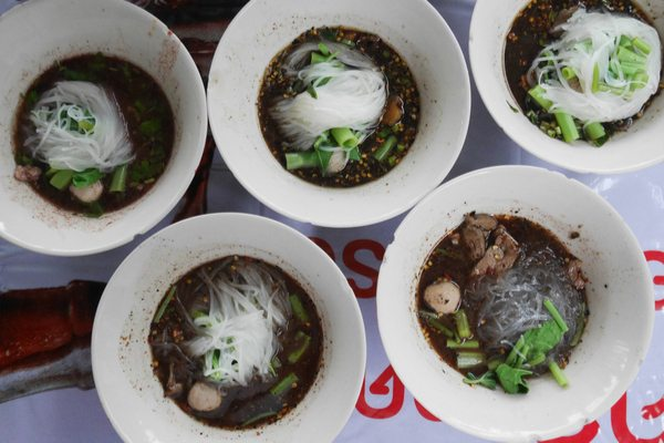 Best Bangkok street food – top 50 street food stalls Bangkok