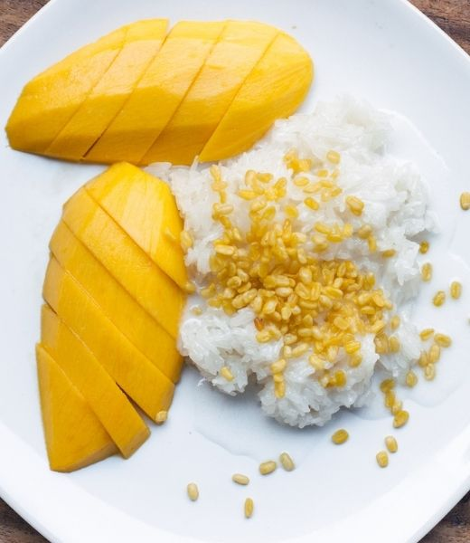 Where to find the best mango sticky rice in Bangkok header image