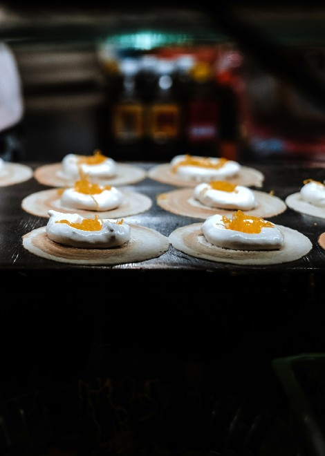 Join our award-winning Chiang Mai food tour today.