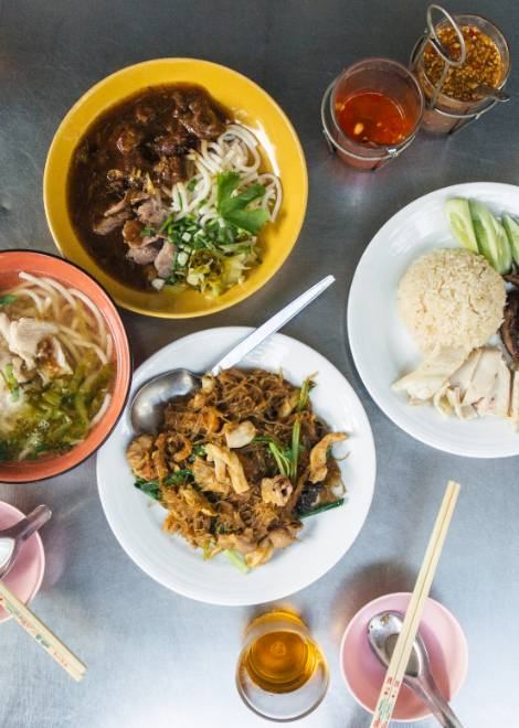 Feasting on our lunchtime Bangkok food tasting tour