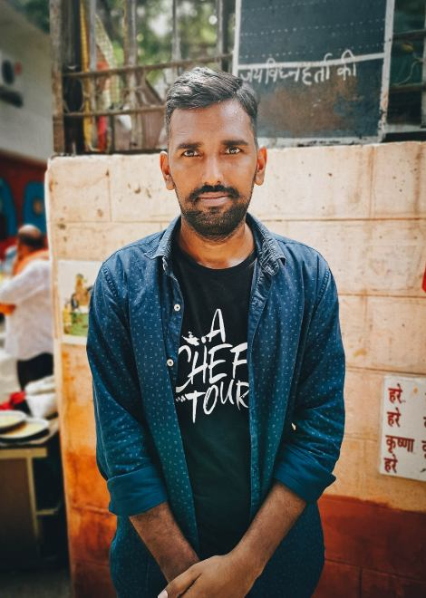 Meet one of our local foodie guides in Delhi