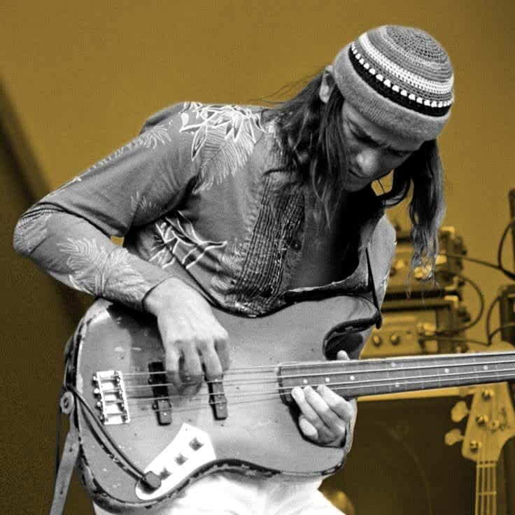 Jaco, Geddy and Flea Can't Be Wrong: The  Story of the Jazz Bass