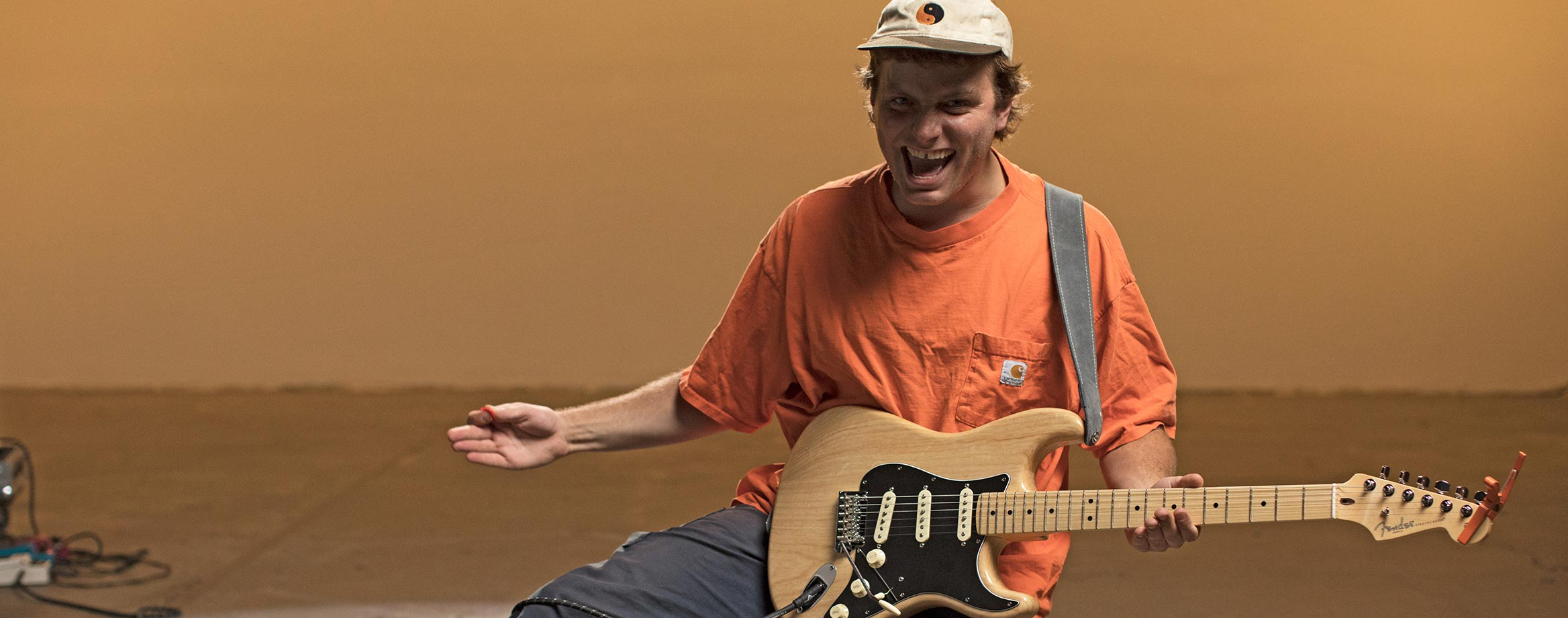 mac demarco talks stratocasters and music fender guitars. Black Bedroom Furniture Sets. Home Design Ideas