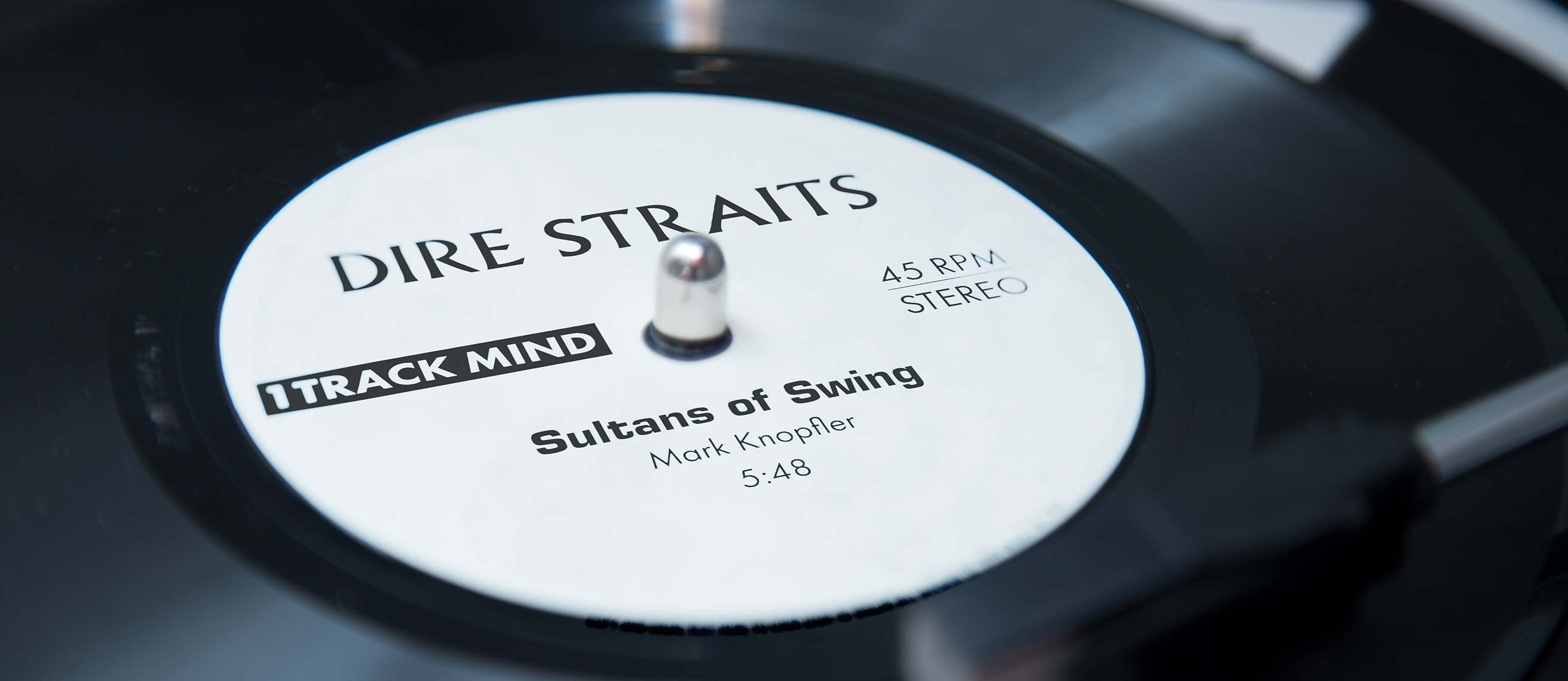 Dire straits sultans of swing mark knopflers legendary solo hexwebz Image collections