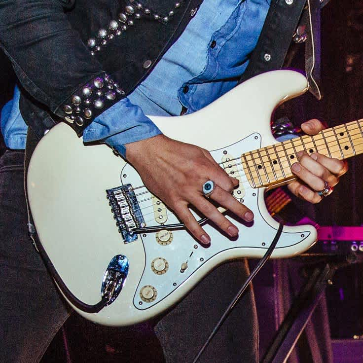 Top Tips for Playing Lead Guitar