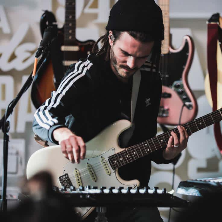 Fender Sessions: Featuring FKJ