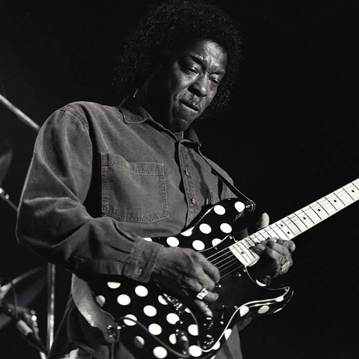 18 Famous Blues Songs To Learn on Guitar