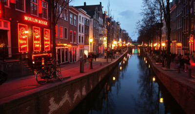 Red Light District Pub Crawl