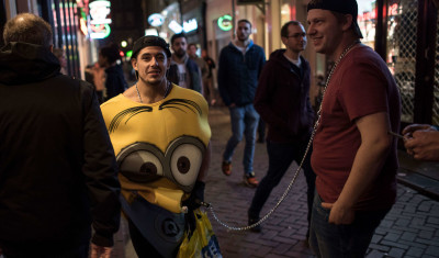 Minion Bar Crawl