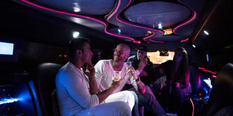 Hummer Limo with unlimited drinks