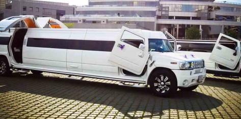 Hummer Double Decker (max. 17 People)