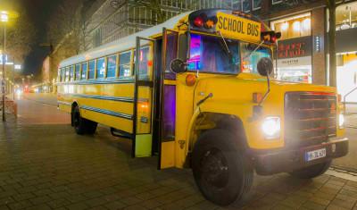 Party på Amerikansk Skolebus