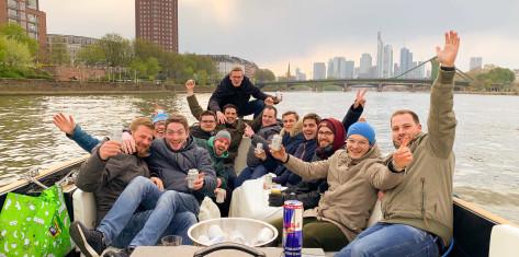 Partyboot für 13-19 Personen