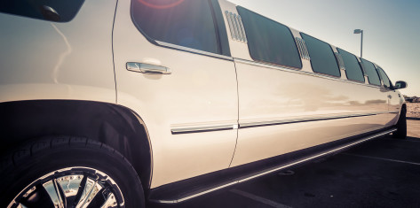 Limousine hire (up to 10 ppl.)