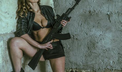 Skytefest med maskinpistoler