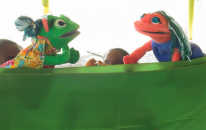 Puppet show in Antigua on stories from the history of the Bahá'í Faith