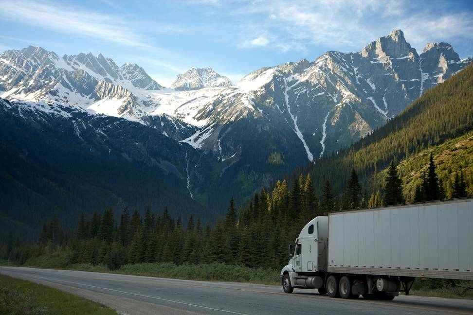 Winter weather driving tips for truckers