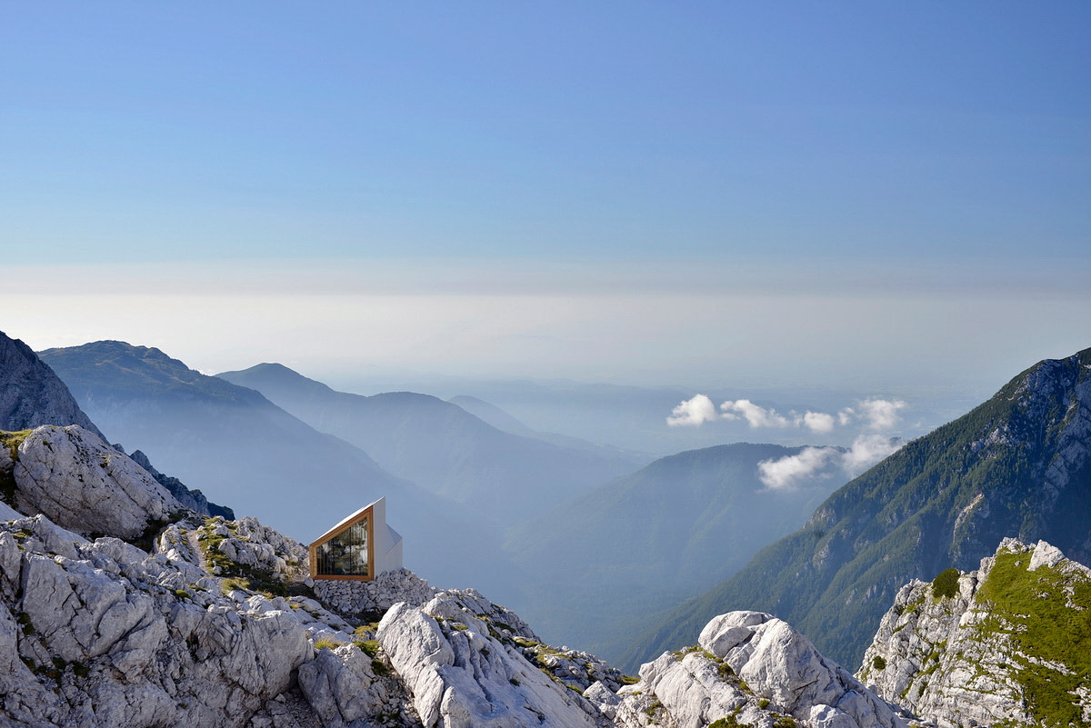 The Slovenian Shelter Atop Skuta Mountain Designed for Mountaineers