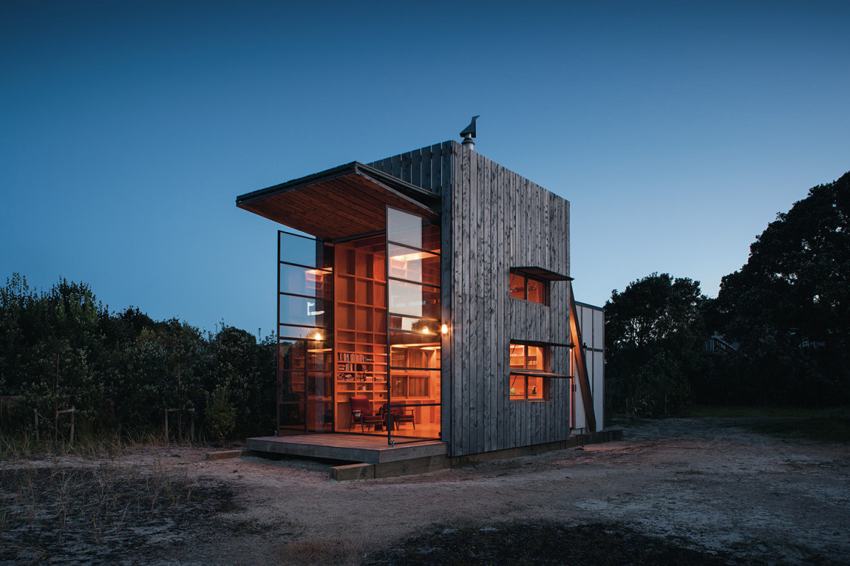 The New Zealand Beach Cabin Designed for a Changing Climate