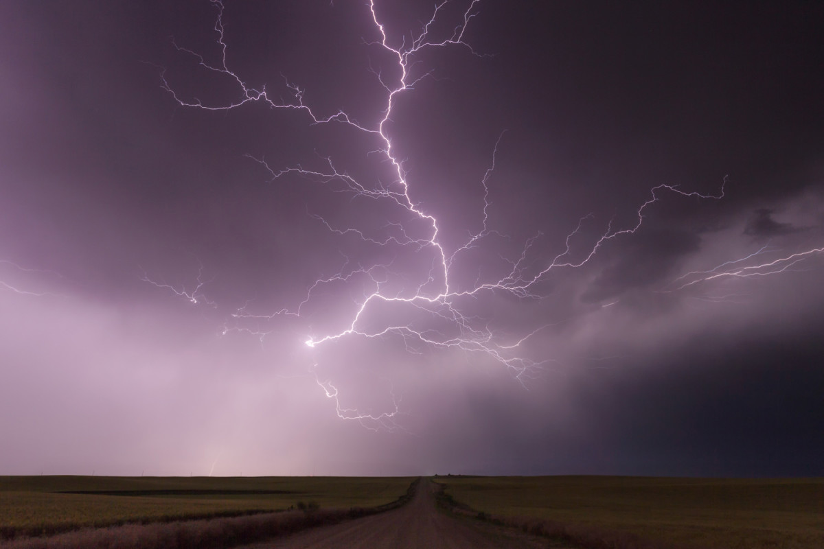QA Weather Photographer Storm Chaser Kelly DeLay The Field - Storm chaser gets struck lightning films