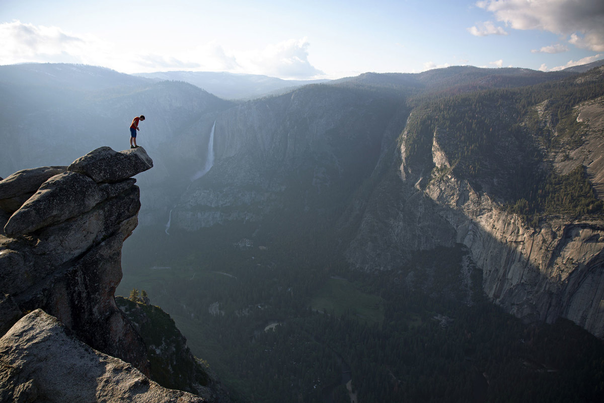 Q&A: Alex Honnold on Heroes, Death, and Free Soloing 3200' El Cap