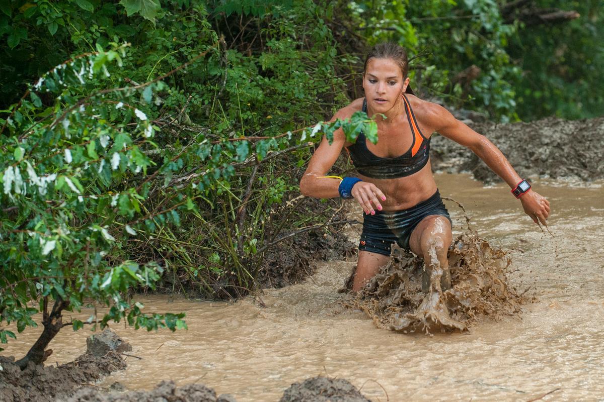 Survivor Mud Run 2016 Award Medal Fitness NEW
