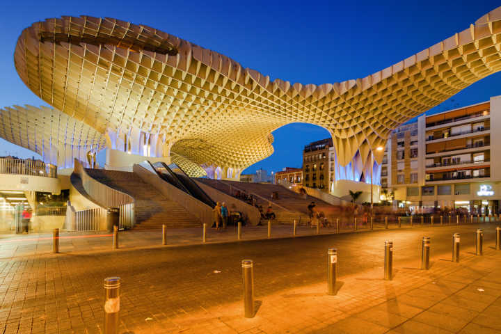 Discover beautiful contemporary architecture on a Seville vacation