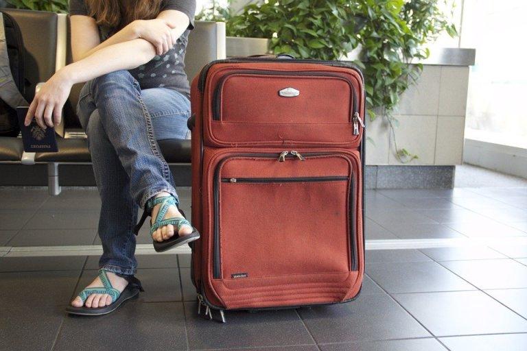 Pakowanie się jest naprawdę problematyczne. Warto  więc wcześniej zaplanować, co warto zabrać ze sobą w podróż.