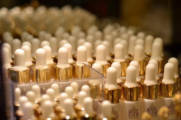 Dobranie do podkładu do swojej cery dla wielu wydaje się skomplikowane. Warto wiedzieć, jak to robić, by zawsze kupować kosmetyk dopasowany do swoich potrzeb!