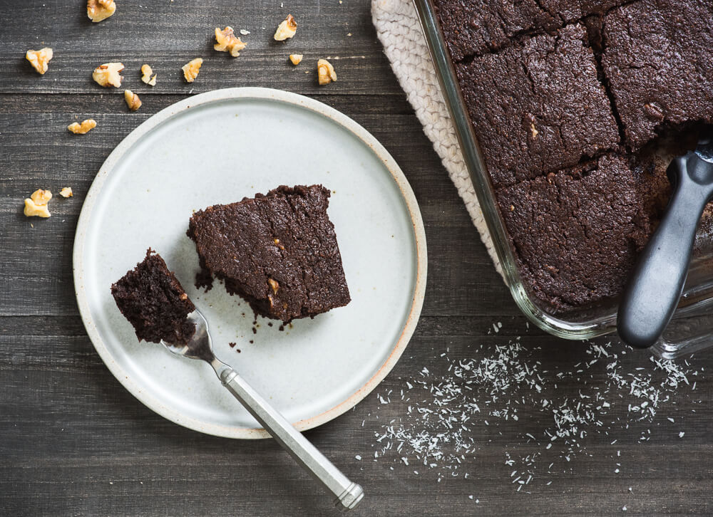 Paleo coconut brownies