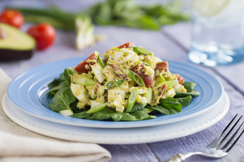 BLT egg salad with avocado (1)