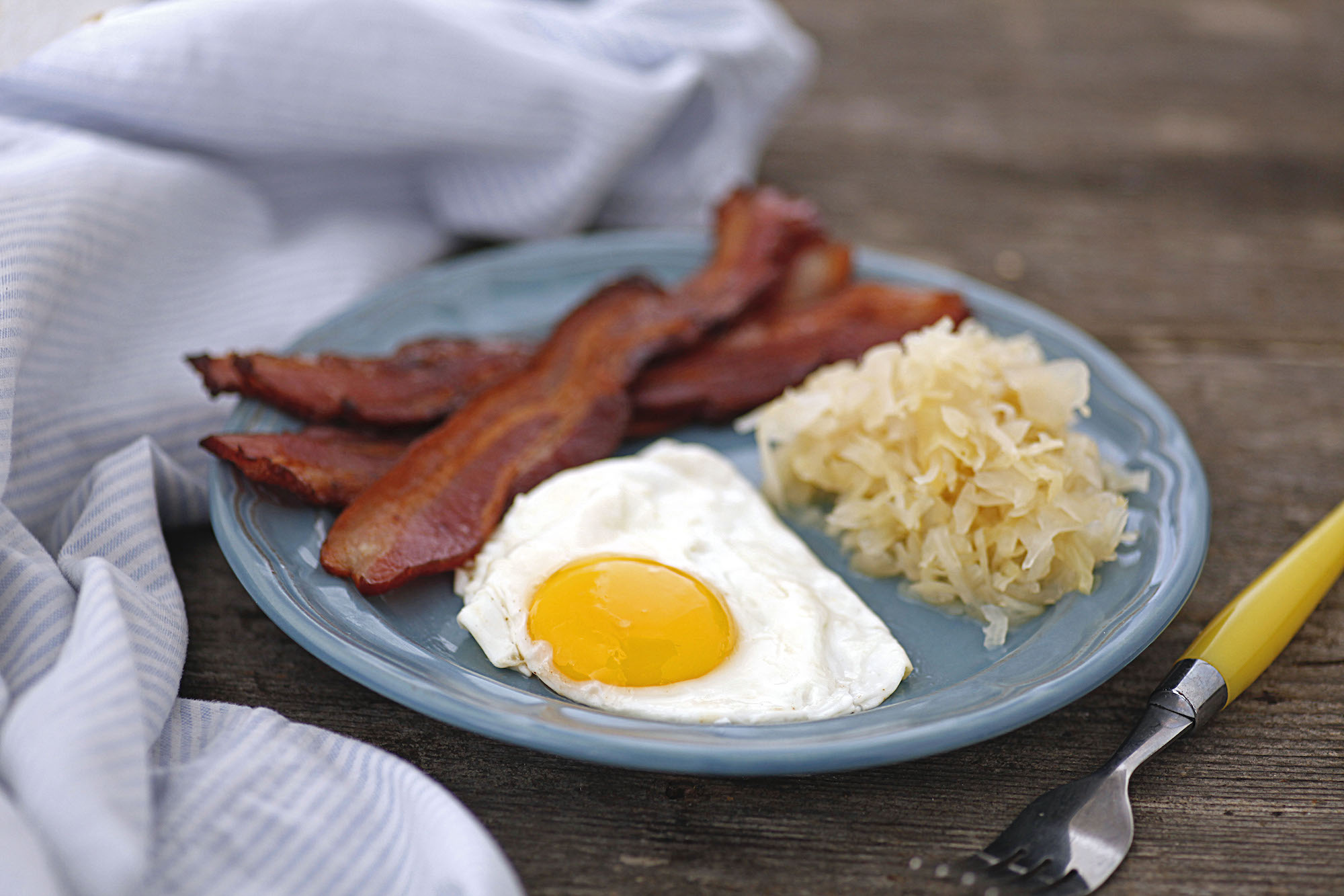 sauerkraut bacon and eggs 2