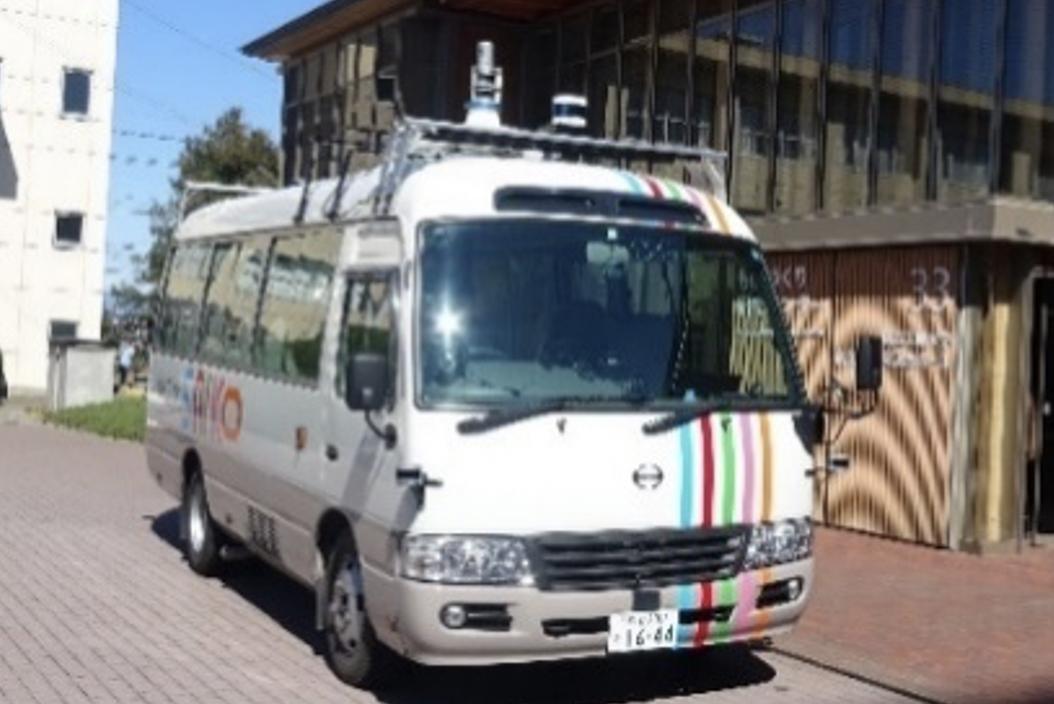 自動運転バスが市内の一般公道を走行する 「塩尻型次世代モビリティサービス実証プロジェクト」に参画